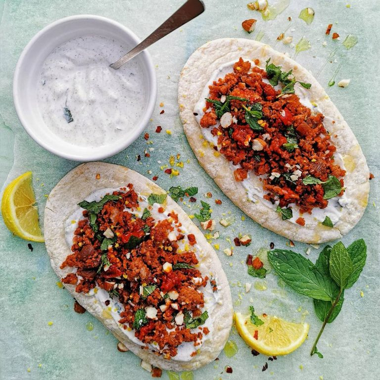 VEGAN-SPICED-mince-and-mint-FLATBREADS-square