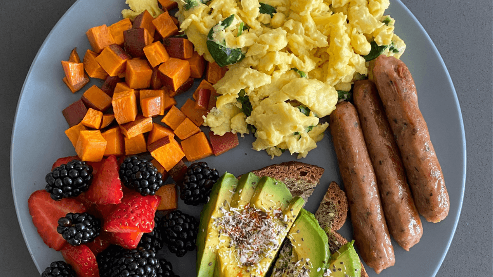 Meatless Sausages, JUSTEgg scramble breakfast