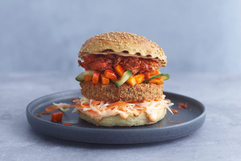 meatless-farm-food-service-plant-based-range_0007_Chicken Burger