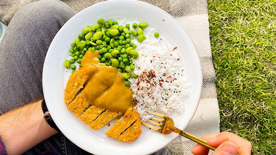Meatless Farm and allplants launch plant-based chicken katsu curry
